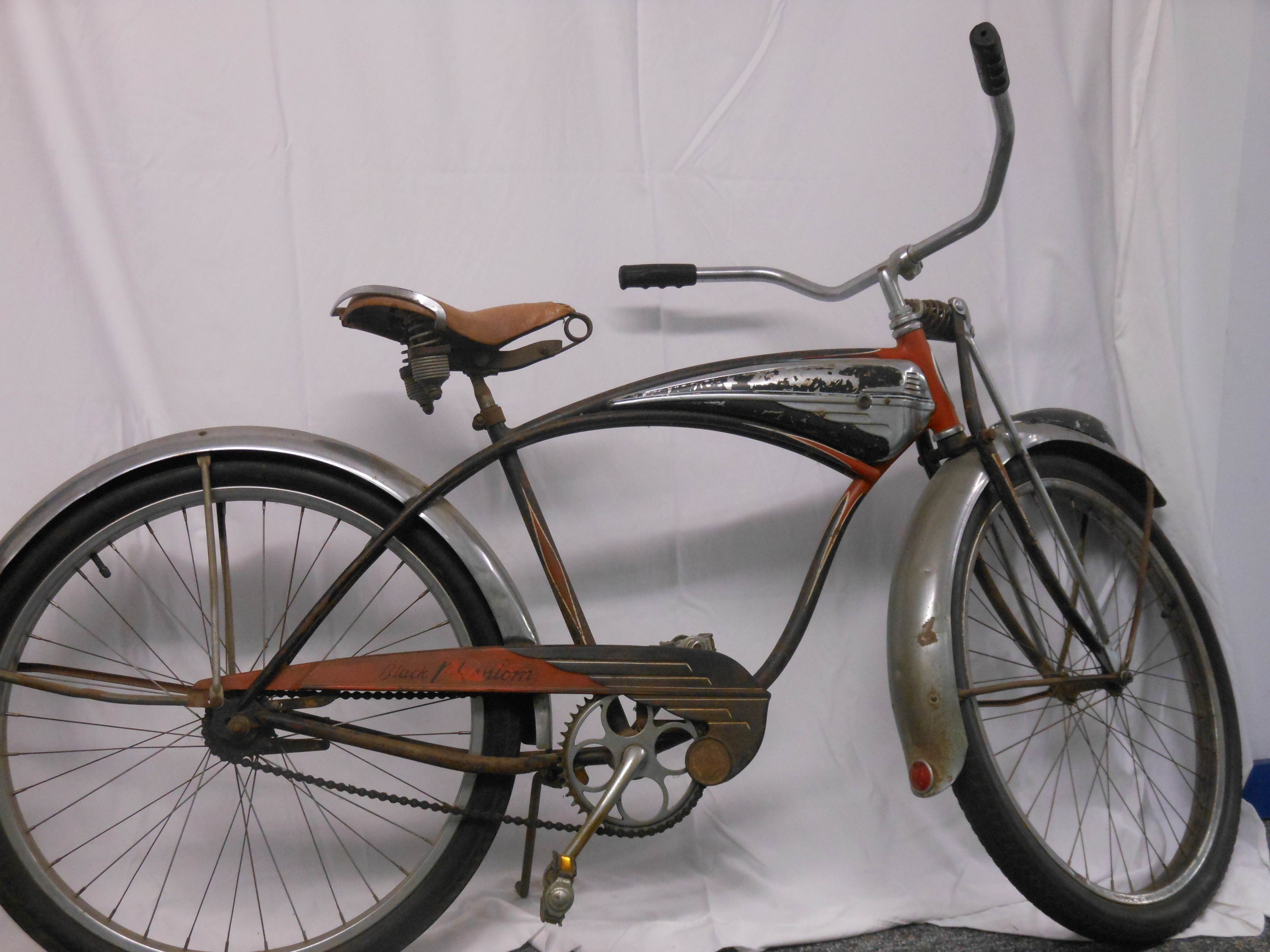 """40700a79892 1959 Schwinn Hornet is """"spitfire red"""" missing the """"luggage carrier"""" and  light on front fender. According to the Schwinn catalog this bike would  have ..."""